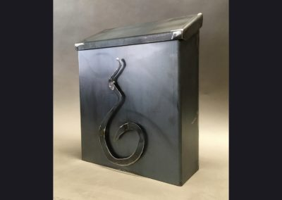odd-mailbox4