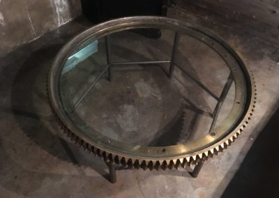 table-brass-gear4