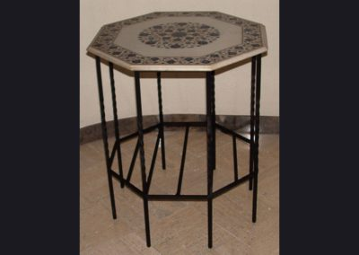 table-octagon
