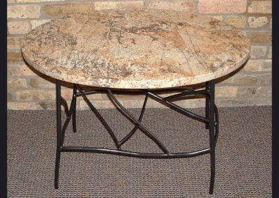 table-roundgranit-twig